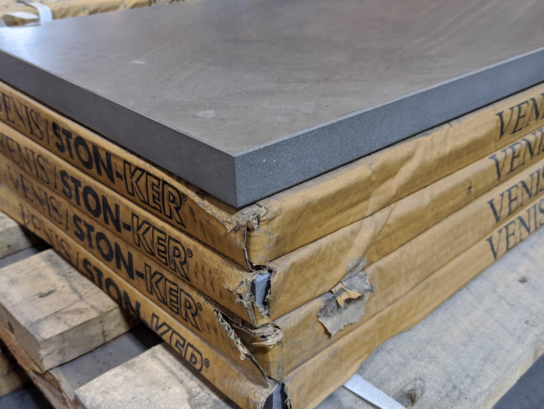 Venis Stonker Peldaño pedralbes pulpis